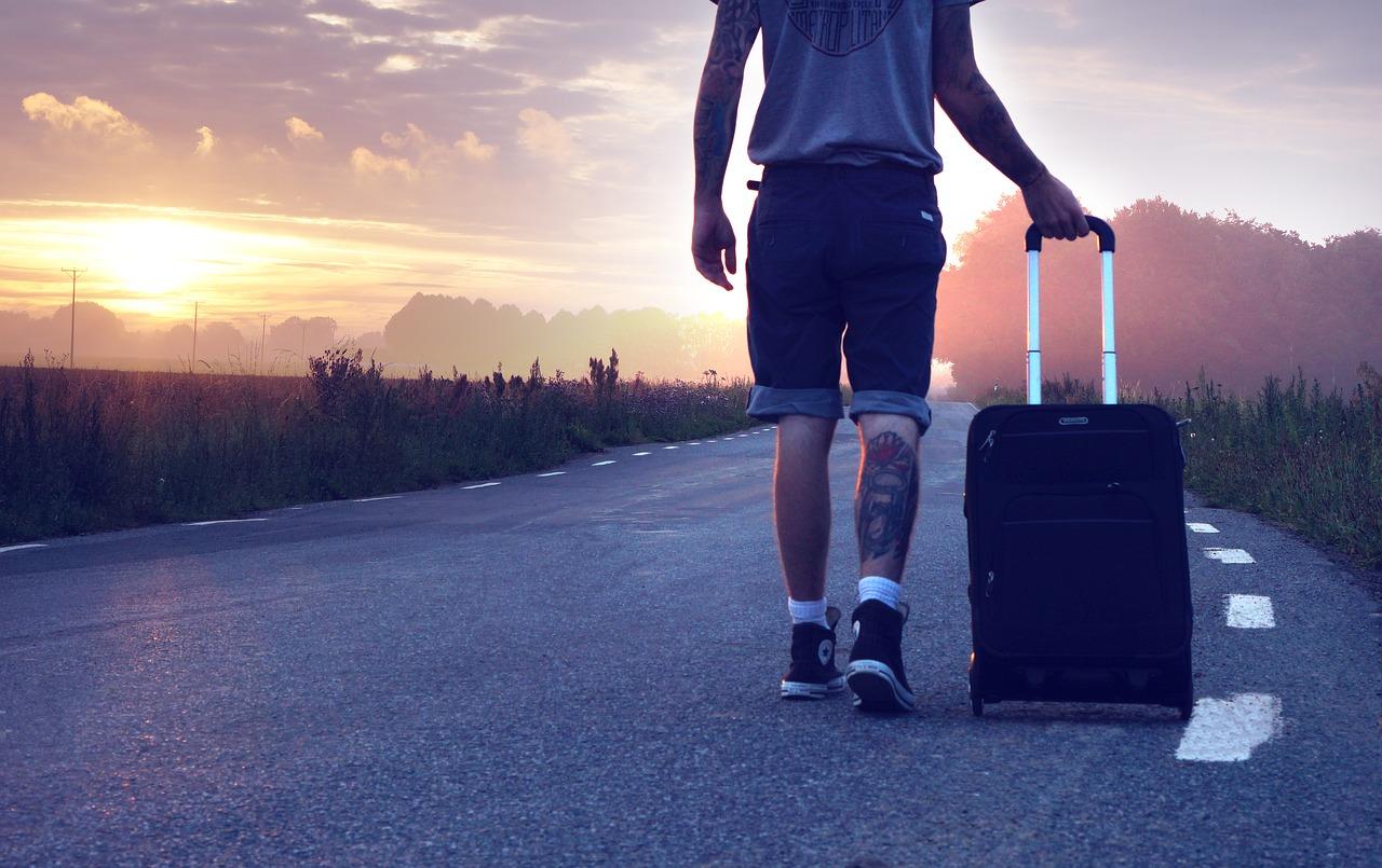 Conseils pratiques pour voyager moins cher